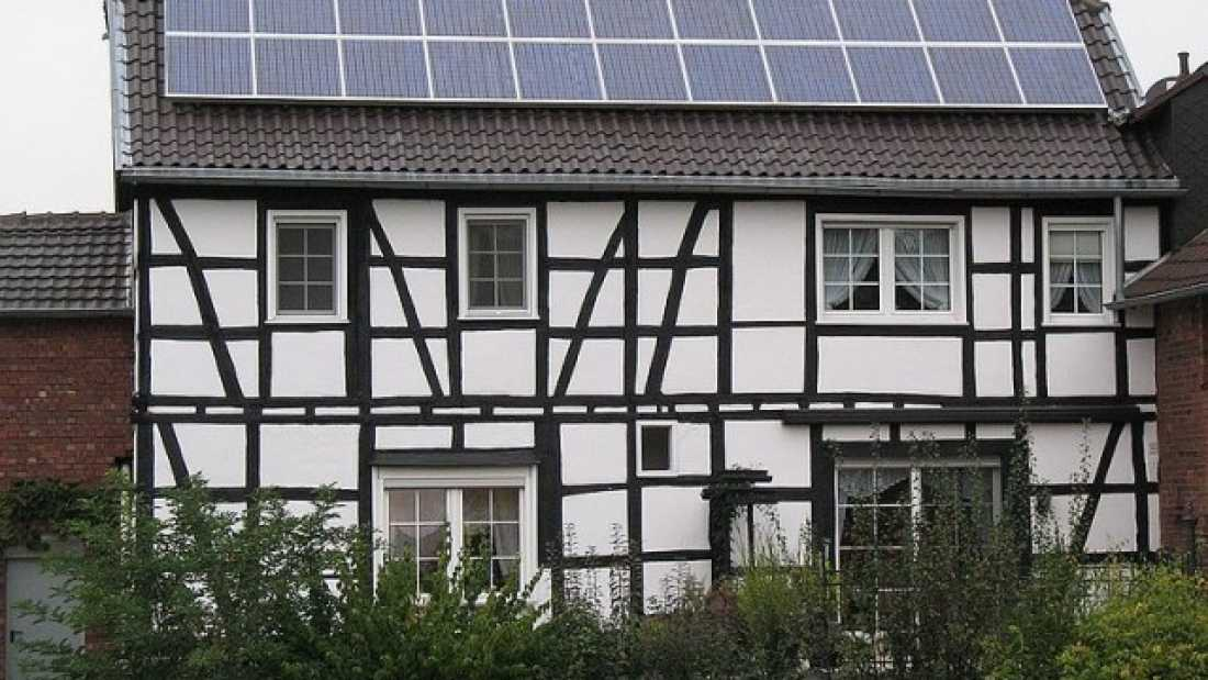 1304 Germany Now Produces Half Of Its Energy Using Solar
