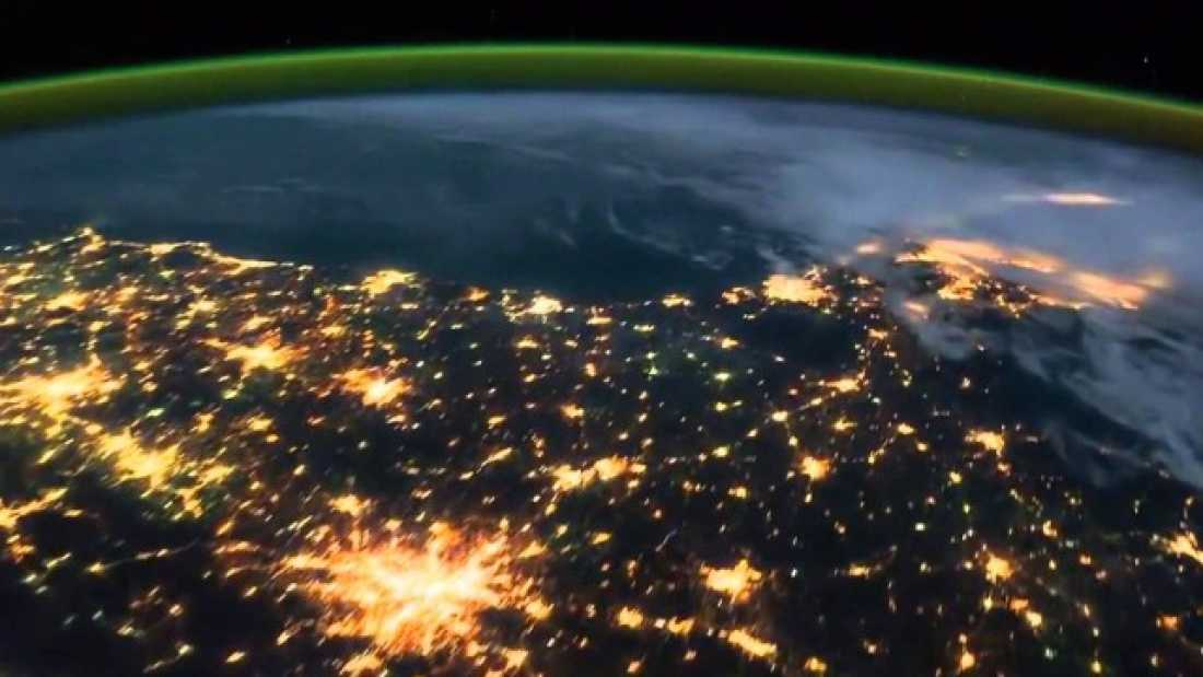 timelapse footage from iss gives spectacular aerial view
