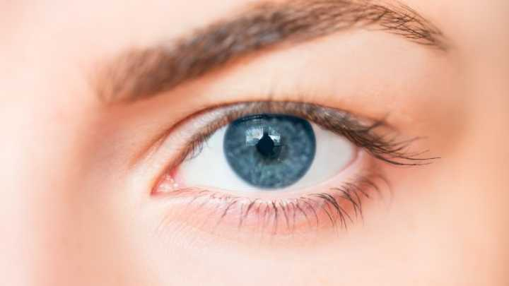 New Laser Surgery Can Turn Your Eyes From Brown To Blue