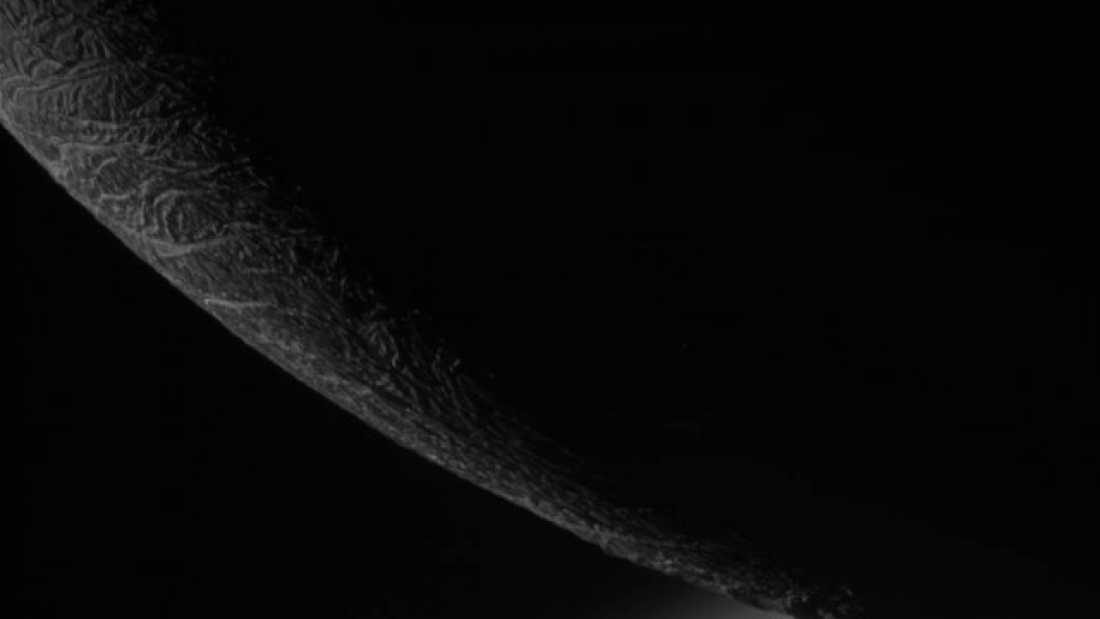 334 Cassini Bids Farewell To Saturn's Enceladus In Final, Remarkable Flyby