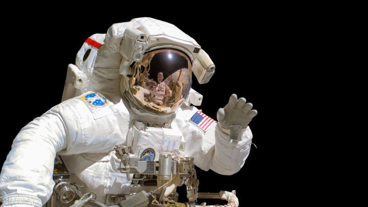 Here's How Much An US Astronaut Can Earn Working For NASA ...