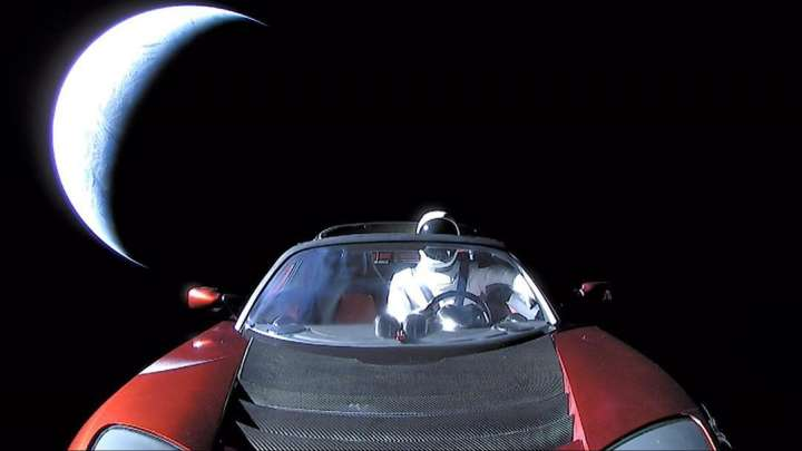 Elon Musk's Tesla Roadster Will Eventually Crash - And Scientists Think They Know Where And By When