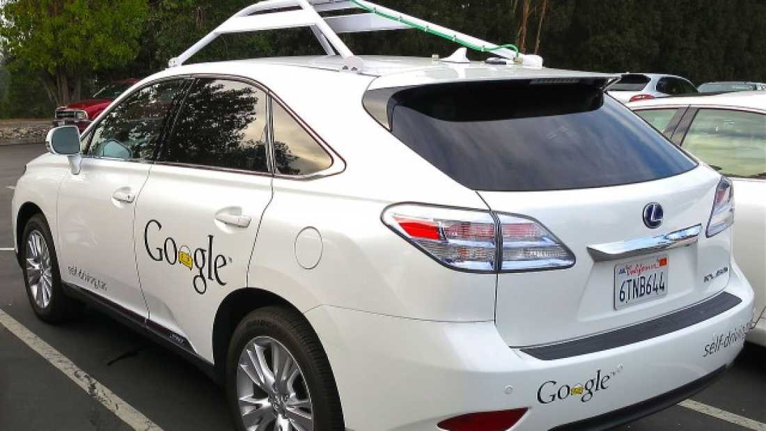 160 Google's Self-Driving Car Crashed Into A Bus