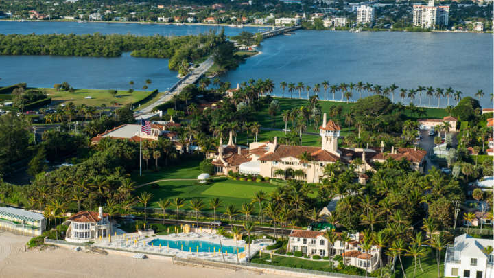 perfect moment to appear at trump 39 s mar a lago resort iflscience