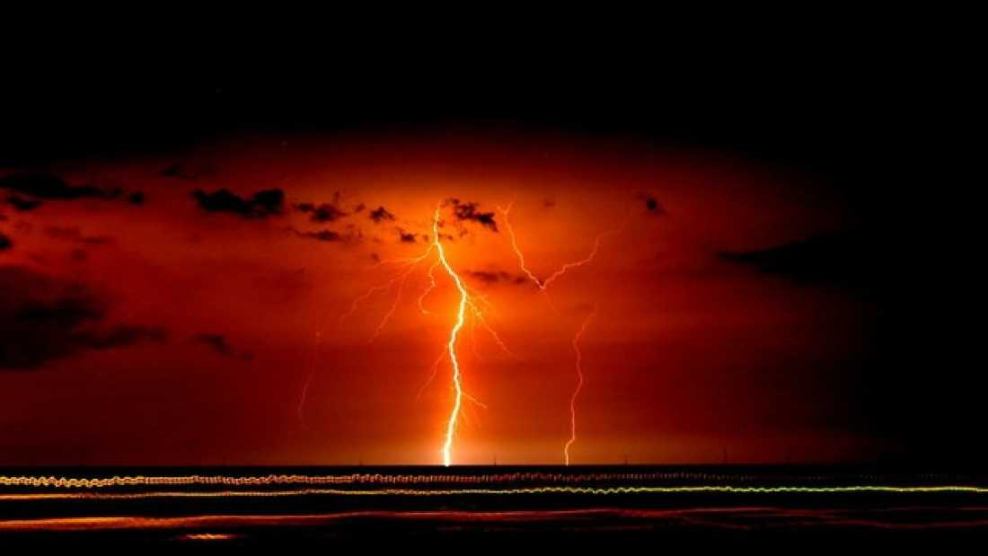 1396 There's A Place On Earth That Experiences 1.2 Million Lighting Strikes A Year