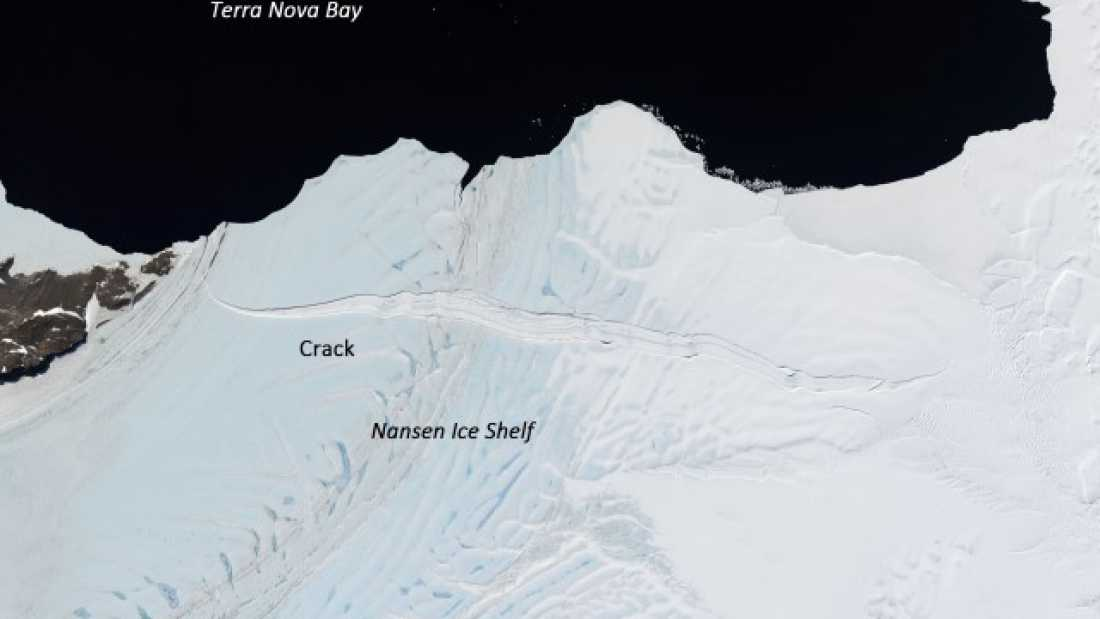 427 Ice Shelf Bigger Than Manhattan Could Be About To Break From Antarctica