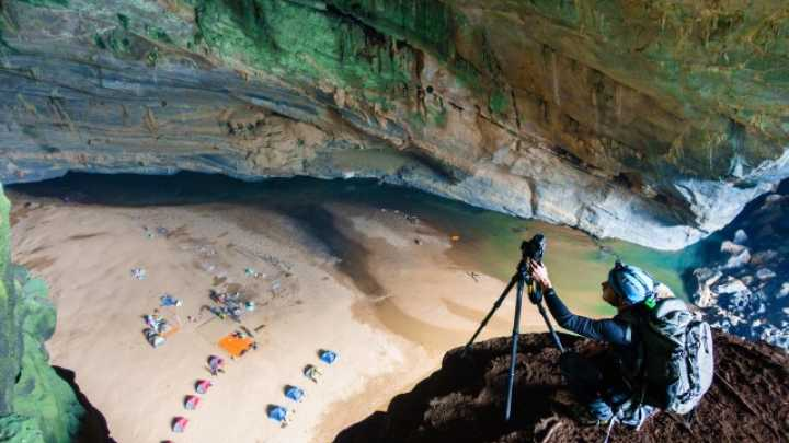 Take An Interactive Tour Through The Largest Cave In The World