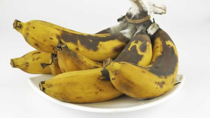 Can You Really Unripen A Banana With A Blowdryer And Rice - Banana mood 27 yellow dipped room designs