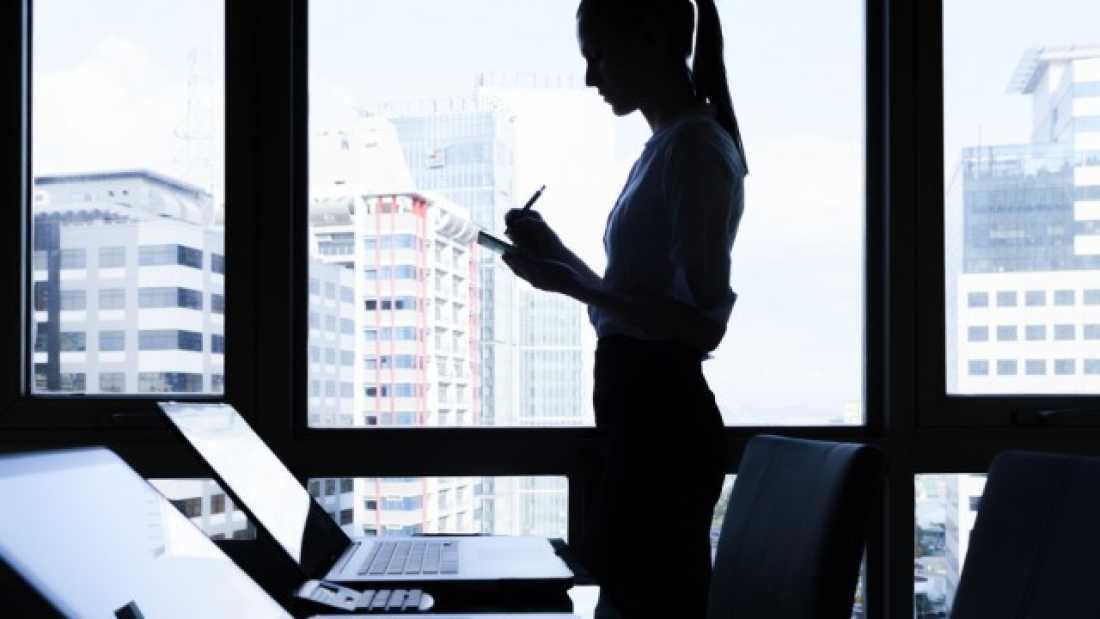 1323 Women Are Seen As Better Coders - But Only If Their Gender Isn't Known