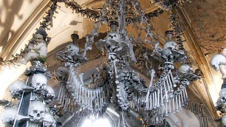 This church has a chandelier made entirely of human bones iflscience aloadofball Image collections