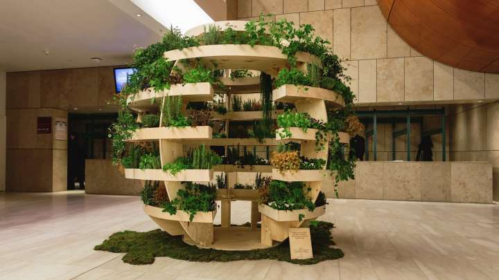 """Architects Create Free DIY Sustainable """"Indoor Garden"""" For Urban Living"""