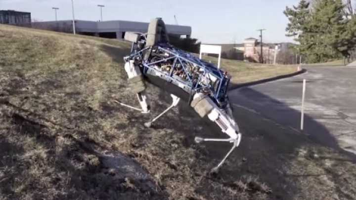 New Dog Robot Can Run and Climb Just Like The Real Thing