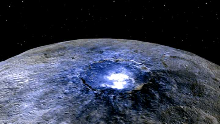 Ceres Reveals Its Salty Secrets – And Blurs The Line Between