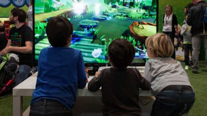Video Games Shown To Improve Memory And Neural Connectivity In