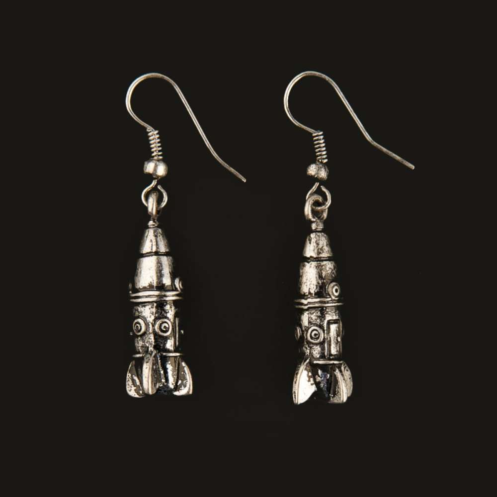 content-1511369990-rocketship-earrings.j