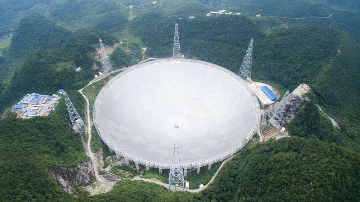 World's Largest Telescope Spots More Than 100 Fast Radio Bursts