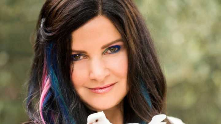 Condition Called Tetrachromacy Allows This Artist To See 100 Million Colors
